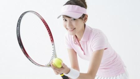 04_tennis_lady